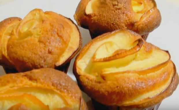 Простой рецепт приготовления маффинов с яблоками