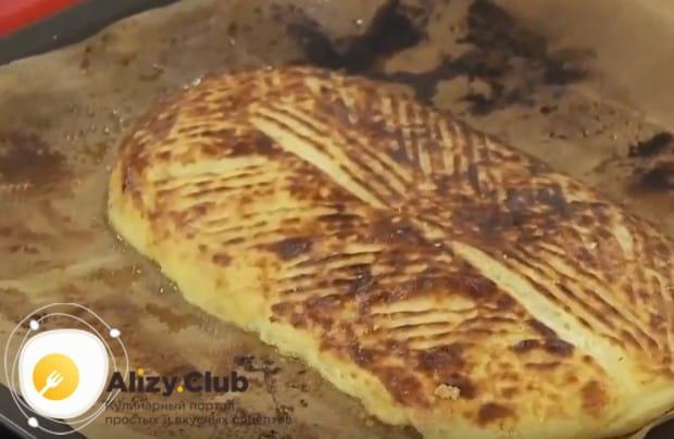 Такой пирог с квашеной капустой и картошкой является национальным белорусским блюдом.