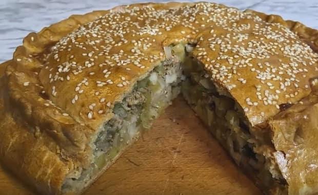 Как приготовить пирог с мясом и картошкой в духовке по пошаговому рецепту и фото