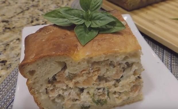 Как приготовить пирог с рыбой из дрожжевого теста по пошаговому рецепту и фото