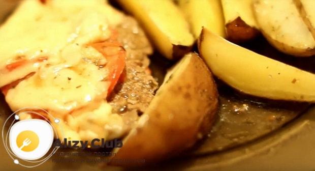 Готовим вкусные отбивные из говядины с картошкой в духовке по пошаговой фото инструкции