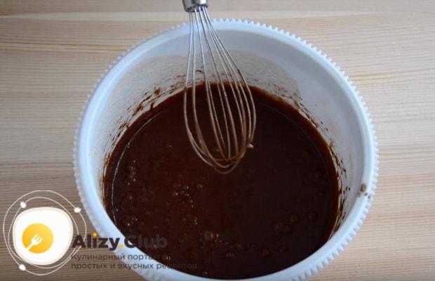 готовим тесто для шоколадного бисквитного торта