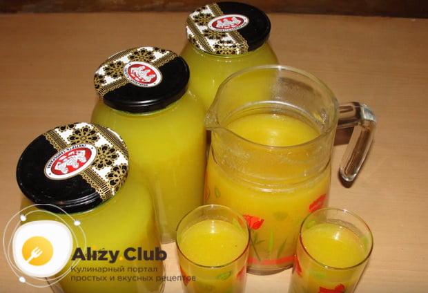 Узнайте полезные свойства и противопоказания сока тыквы приготовленного в домашних условиях