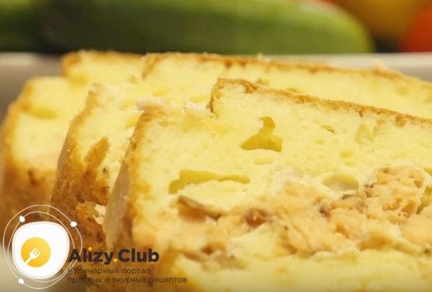 Надеемся, вам понравился такой простой и вкусный рецепт пирога с рыбой.
