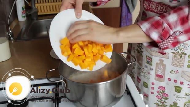 По рецепту. для приготовления пшенной молочной каши с тыквой - соедините ингредиенты.