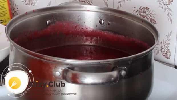 Варим соус по рецепту на маленьком огне