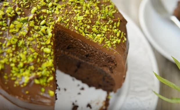 Как приготовить шоколадный торт по простому пошаговому рецепту и фото