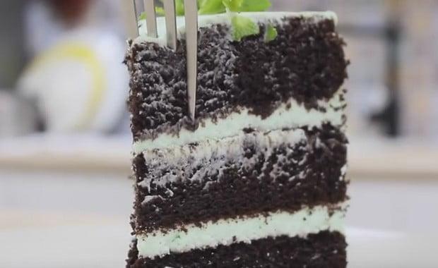 Как приготовить шоколадный бисквитный торт по пошаговому рецепту с фото