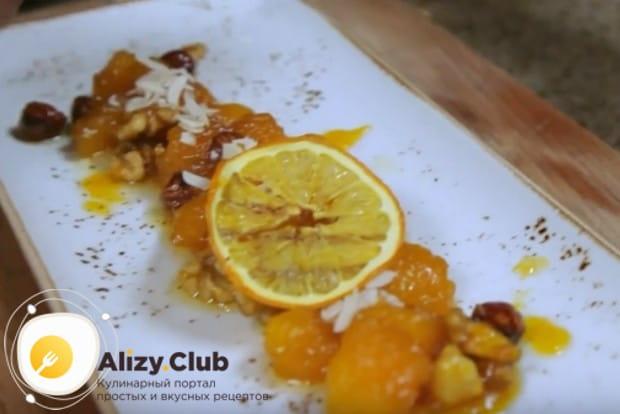 Сладкая жареная тыква на сковороде станет идеальным десертом для детей и взрослых.