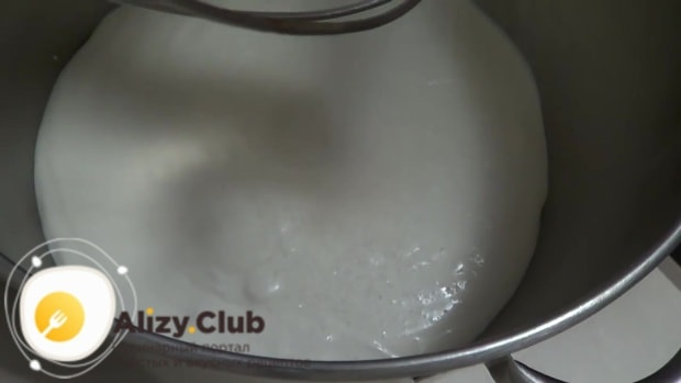 сметанный крем с вареной сгущенкой для торта