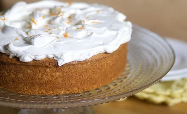 Как сделать йогуртовый крем для торта по пошаговому рецепту с фото