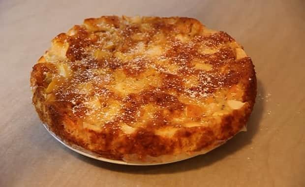 Как приготовить заливной пирог с яблоками по пошаговому рецепту с фото