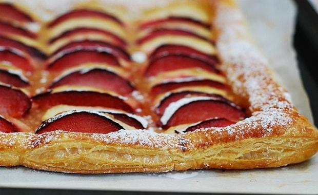 Как приготовить пирог из слоеного теста с яблоками по пошаговому рецепту с фото