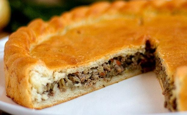 Как приготовить вкусный пирог с мясом и капустой по пошаговому рецепту и фото