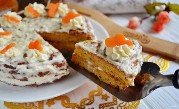 Пошаговый рецепт Морковного торта со сметанным кремом