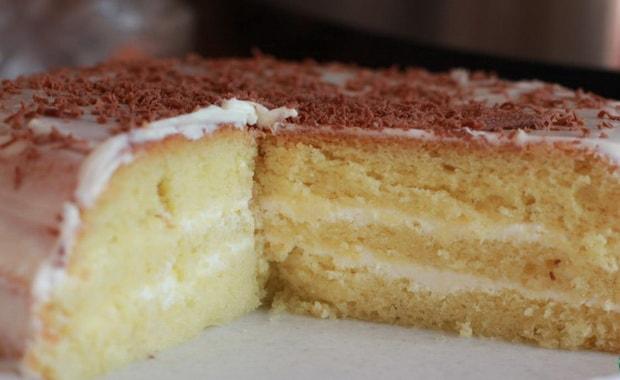 Как приготовить бисквитный торт в мультиварке по пошаговому рецепту с фото