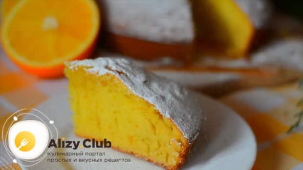 Приготовьте апельсиновый пирог по простому рецепту.