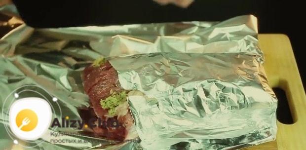Приправленную солью и перцем имбирную кашицу