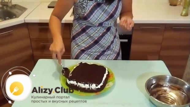 Далее покрываем творог шоколадной помадкой