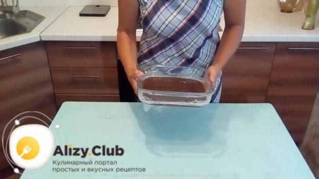 Отправляем тесто в микроволновку и на высокой мощности