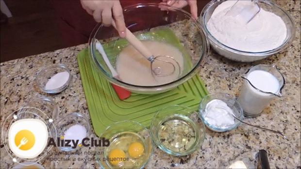 Простой рецепт приготовления быстрое теста для пирожков с сухими дрожжами
