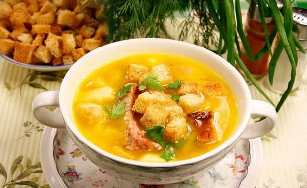 Пошаговый рецепт вкусного горохового супа с копченостями с фото