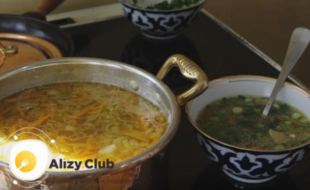 Теперь вы знаете, как правильно сварить грибной суп из сушеных грибов.