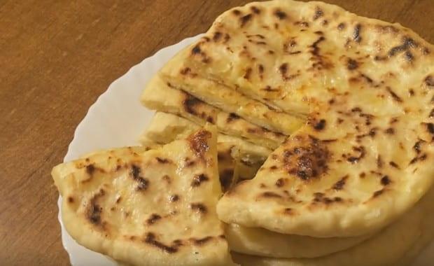 Как приготовить вкусное хачапури с сыром на кефире по рецепту с фото
