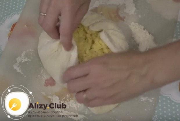 Посмотрите, как правильно сделать хачапури с сыром.