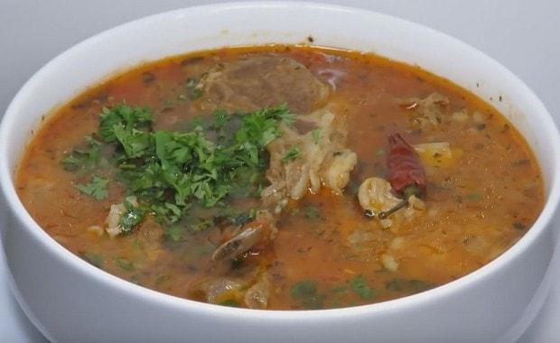 Пошаговый рецепт приготовления классического супа Харчо из баранины с рисом