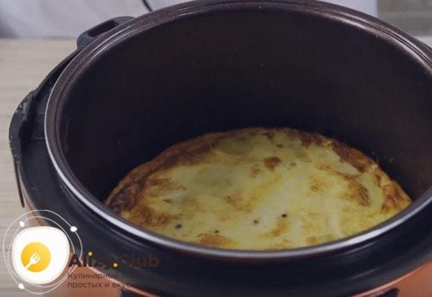 Сытная запеканка из картофеля в мультиварке готова!