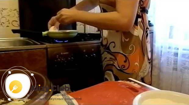 Когда вы использовали все тесто, можно начинать жарку зраз