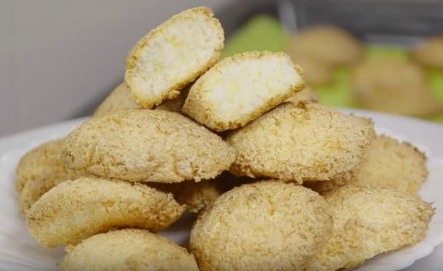 Пошаговый рецепт приготовления кокосового печенья