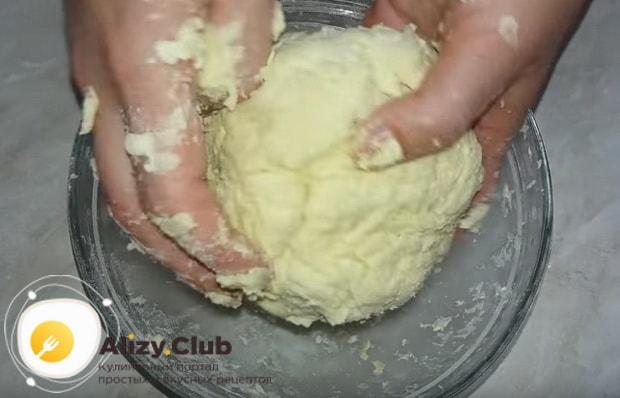 формируем плотное тесто