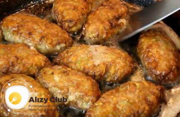Подробный рецепт приготовления мясных котлет с кабачком
