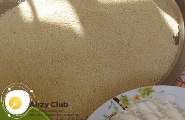 Этот рецепт котлет из куриного филе подходит и для готовки на пару, и для сковороды.
