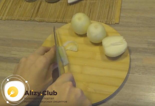 Предлагаем вам приготовить вкусный суп лагман с курицей по нашему простому пошаговому рецепту.