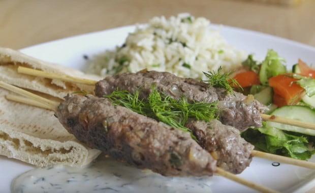 Как приготовить люля-кебаб на сковороде по пошаговому рецепту с фото