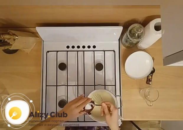 Узнайте, какими должны быть пропорции в рецепте манной каши на воде.