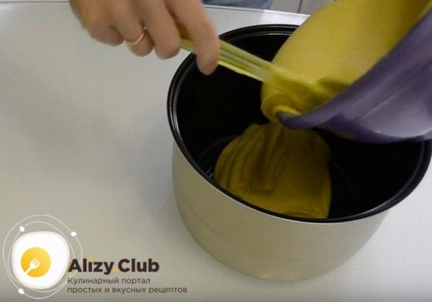 ПО такому же рецепту можно приготовить и манник на молоке в мультиварке.