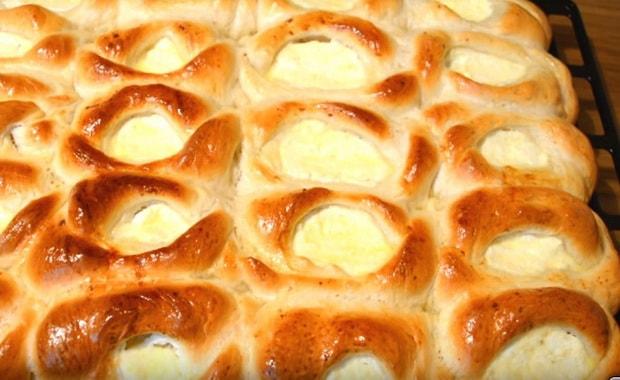 Как испечь пирожки с творогом по пошаговому рецепту с фото