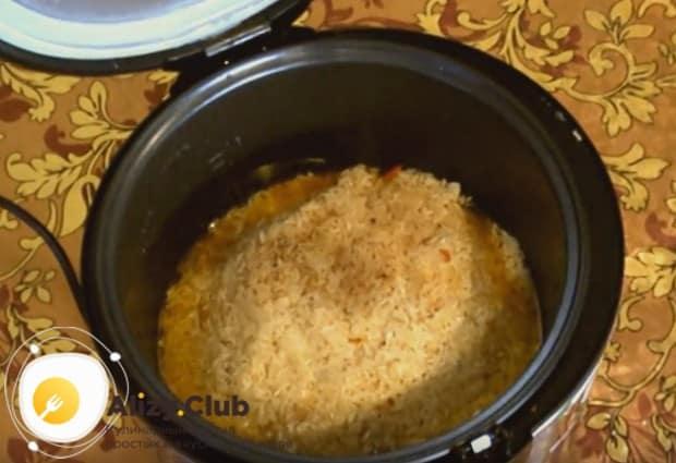 Наш рецепт расскажем, как приготовить плов из свинины в мультиварке.