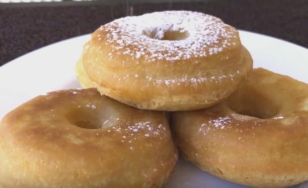 Как приготовить пышные пончики на кефире в домашних условиях по пошаговому рецепту с фото