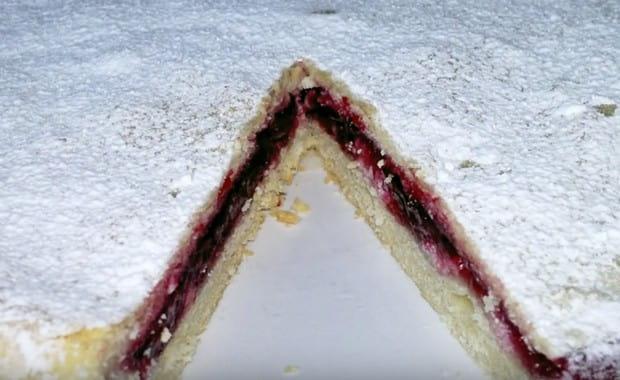 Как приготовить постный пирог с вишней по пошаговому рецепту с фото