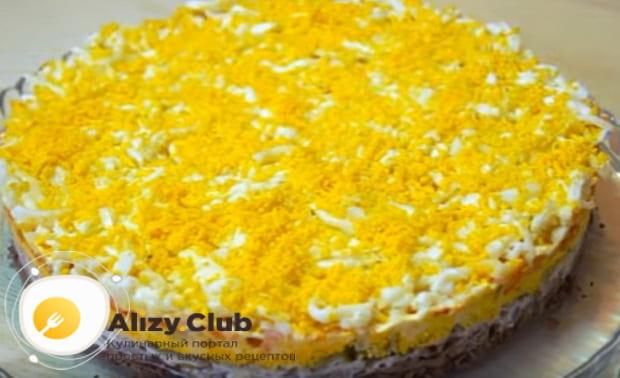 Как приготовить салат с говяжьей печенью и солеными огурцами к праздничному столу