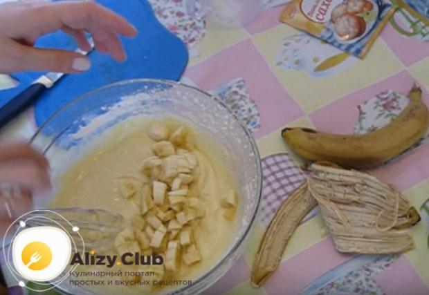 Вкусный творожно банановый кекс приготовленный по детальному рецепту