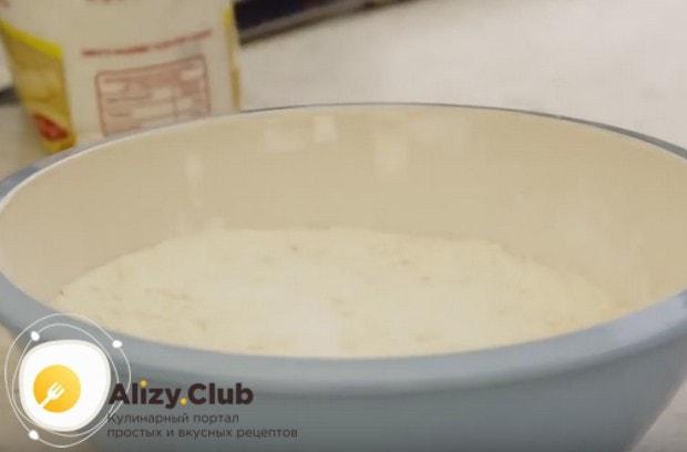 Узнайте настоящий классический итальянский рецепт теста для пиццы.