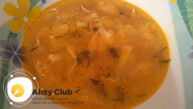 Картофельный суп готов. можно подавать на стол.