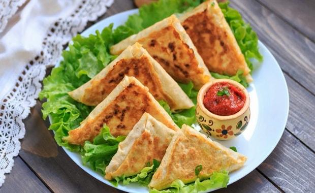 Как сделать жаренный на сковороде лаваш с сыром по пошаговому рецепту с фото