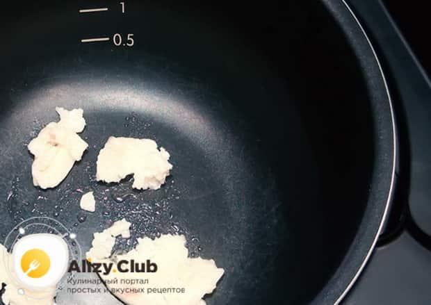 Для приготовления перловой каша с мясом, подготовьте мультиварку.